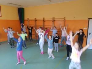 Zatańcz z klasą i bądź  fit !